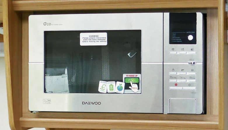 small microwave for caravan