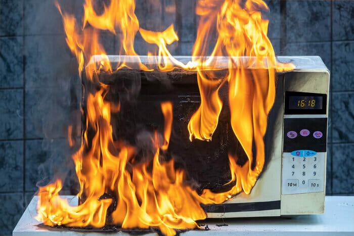 How To Clean a Microwave After a Fire?
